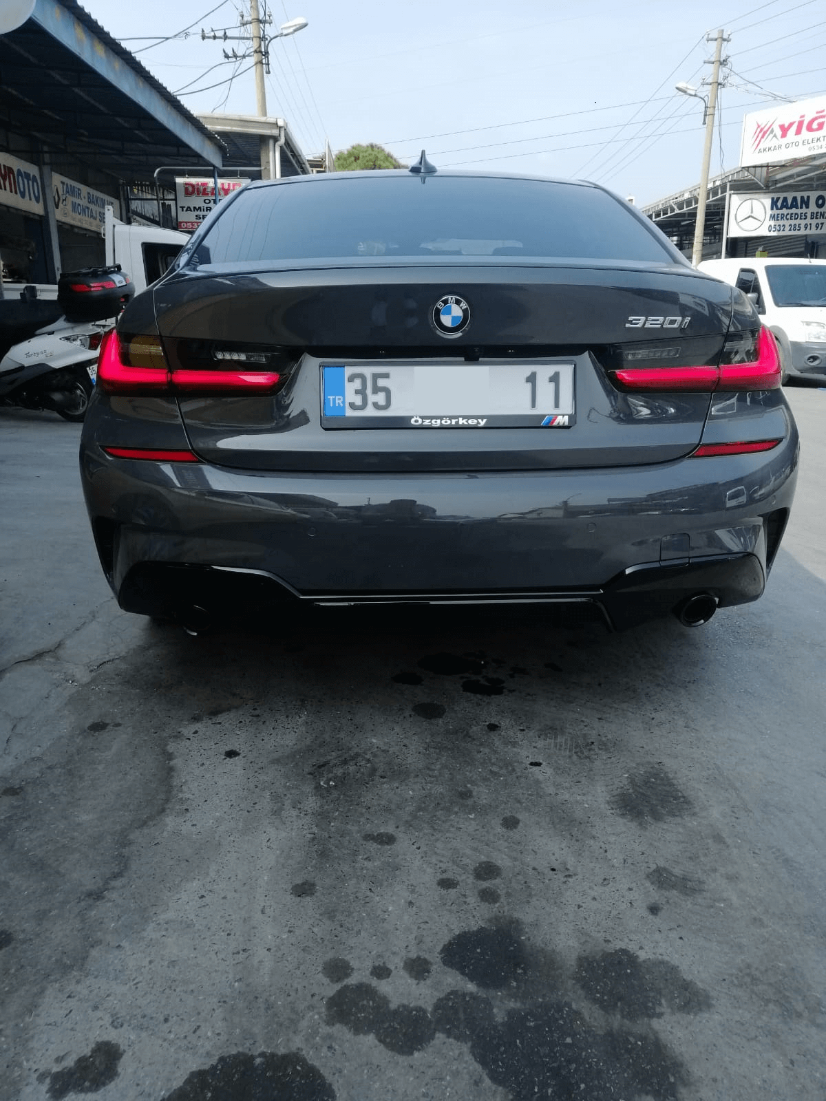 BMW G20 2019- M PERFORMANCE Difüzör